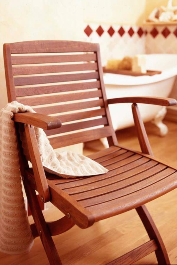 chaise-huile-teck-incolore