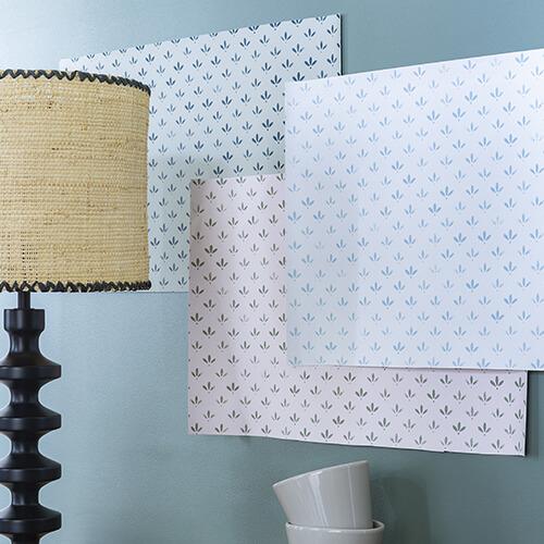 papier-peint-liberon-velours-de-papier-motif-florette-photo-ambiance