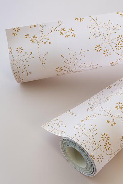 papier-peint-liberon-velours-de-papier-motif-belle-jeanne-image-ambiance-préparation
