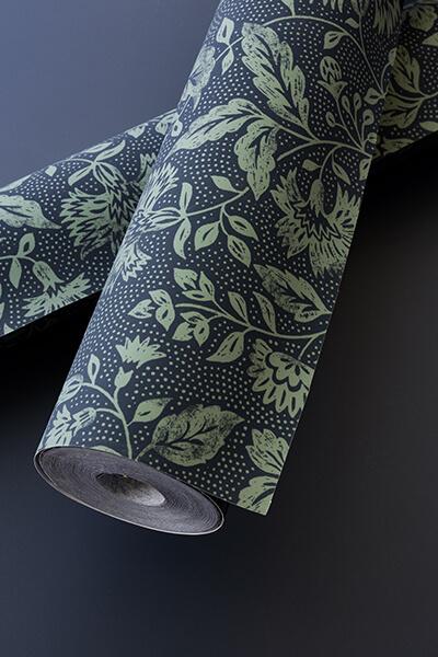 papier-peint-liberon-velours-de-papier-motif-dame-antoinette-image-ambiance-préparation