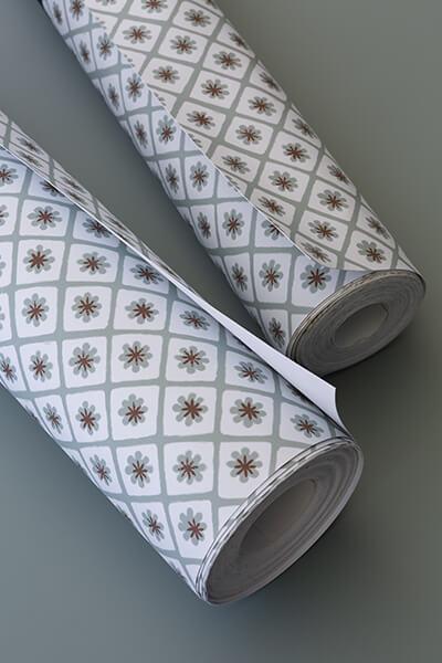 papier-peint-liberon-velours-de-papier-motif-maitre-domino-image-ambiance-préparation